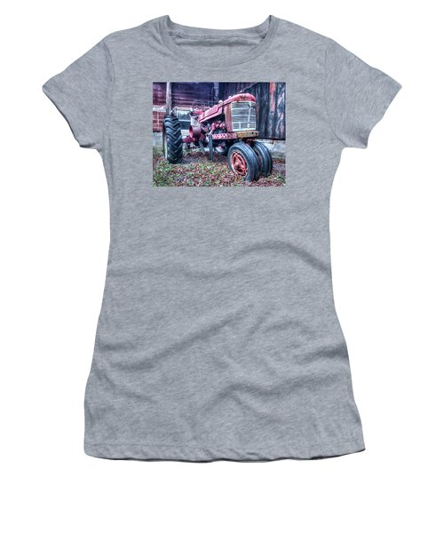 Old Farm Tractor Women's T-Shirt