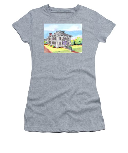 Old Hunt Hospital Women's T-Shirt (Athletic Fit)