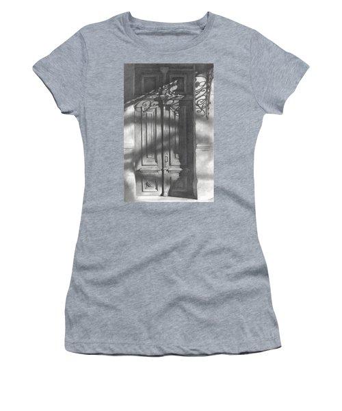 Old Wooden Door  Women's T-Shirt