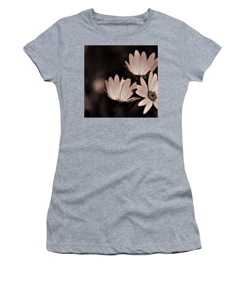 Osteospernum Photo  Women's T-Shirt