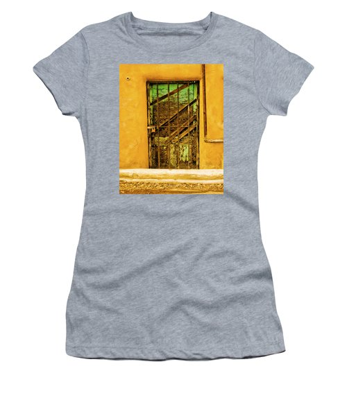 Out Back Women's T-Shirt (Athletic Fit)