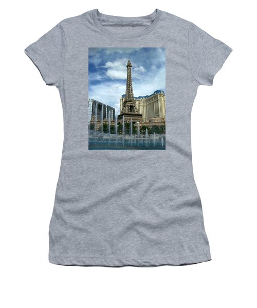 Paris Hotel And Bellagio Fountains Women's T-Shirt