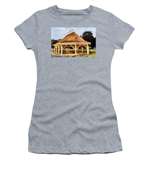 Park Gazebo Women's T-Shirt (Athletic Fit)