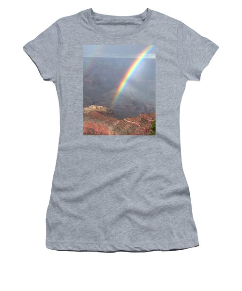 Perfect Rainbow Kisses The Grand Canyon Women's T-Shirt (Athletic Fit)