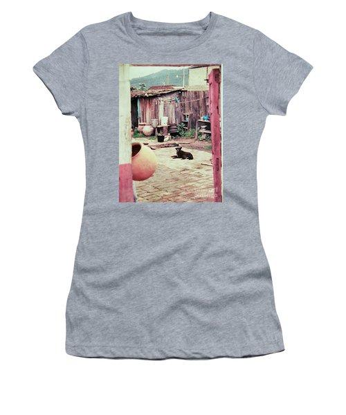 Perro On The Patio Women's T-Shirt