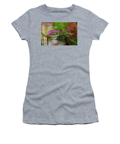 Petal Drops Women's T-Shirt