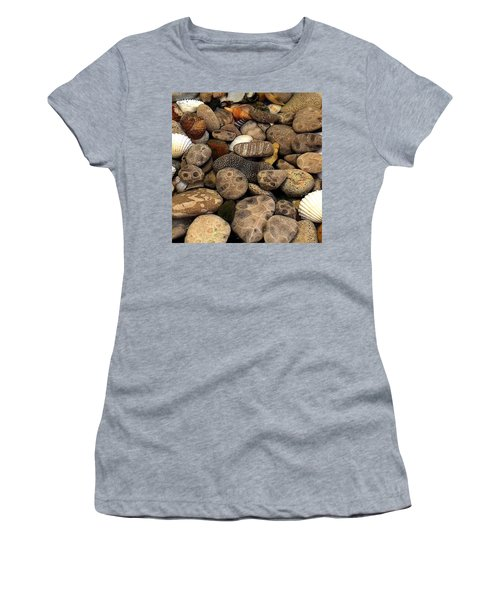 Petoskey Stones With Shells L Women's T-Shirt