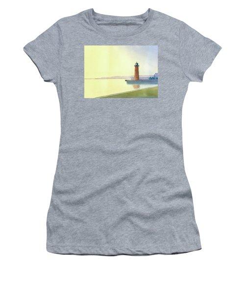 Pierhead Lighthouse, Milwaukee Women's T-Shirt
