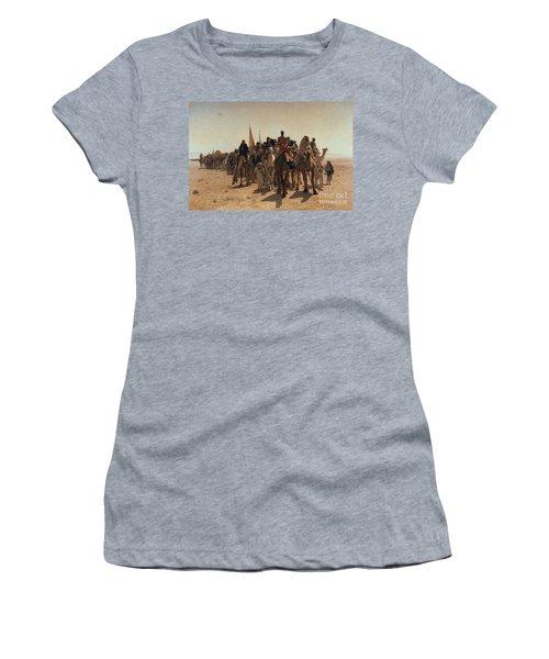 Pilgrims Going To Mecca Women's T-Shirt