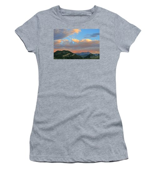 Pink Rain Over The Sleeping Indian Women's T-Shirt (Junior Cut)