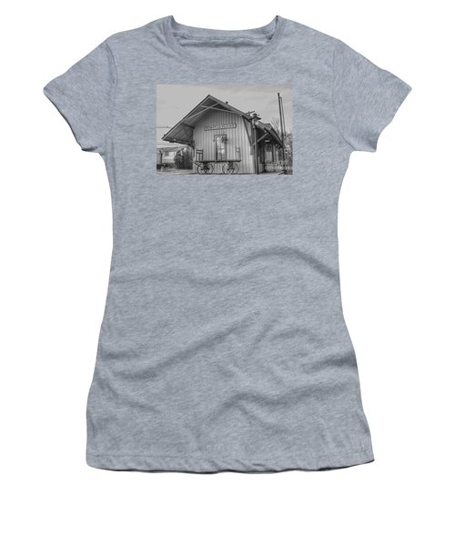 Pompton Plains Railroad Station And Baggage Cart Women's T-Shirt