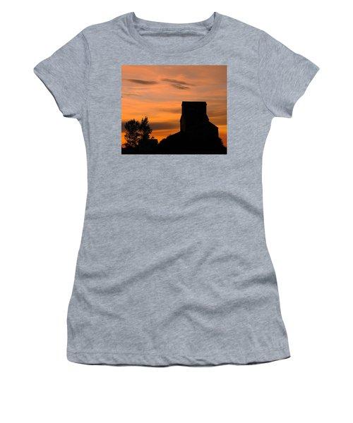 Prairie Dusk Women's T-Shirt