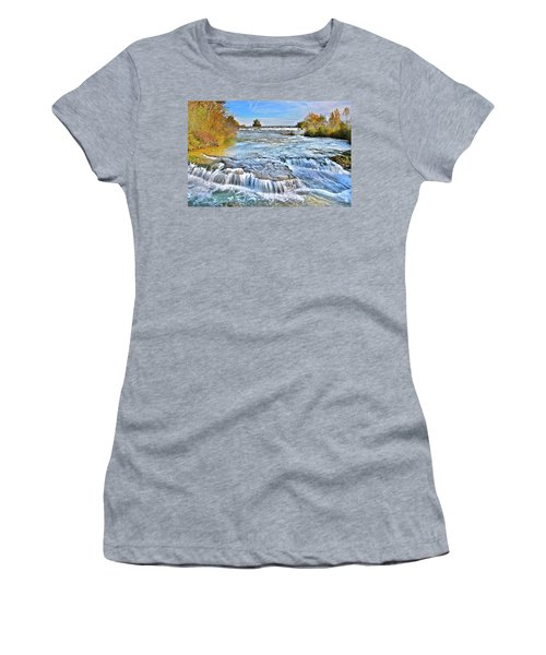 Women's T-Shirt (Junior Cut) featuring the photograph Preparing For The Big Fall by Frozen in Time Fine Art Photography