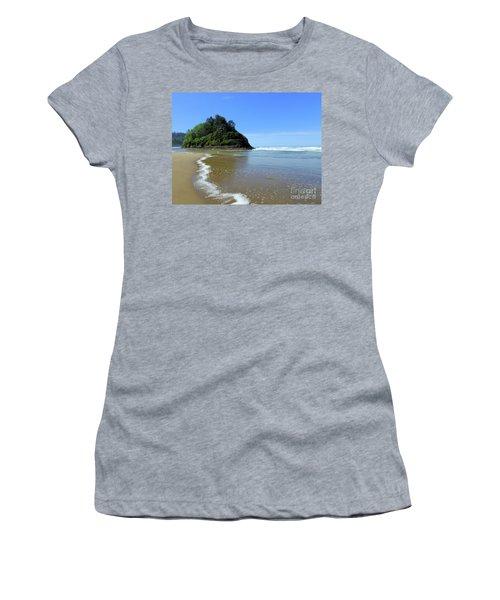 Proposal Rock Coastline Women's T-Shirt (Athletic Fit)