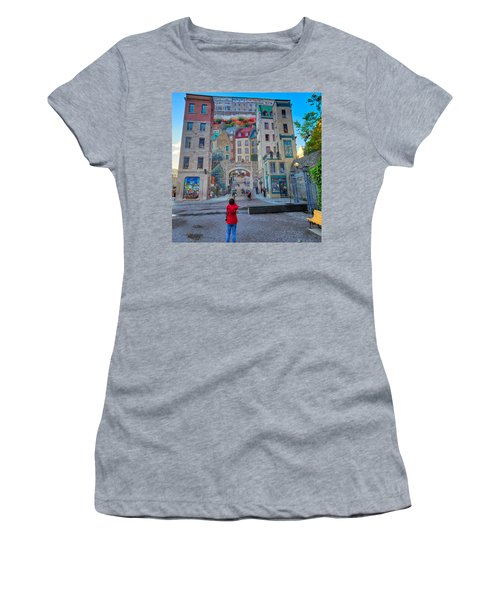 Quebec City Mural Women's T-Shirt