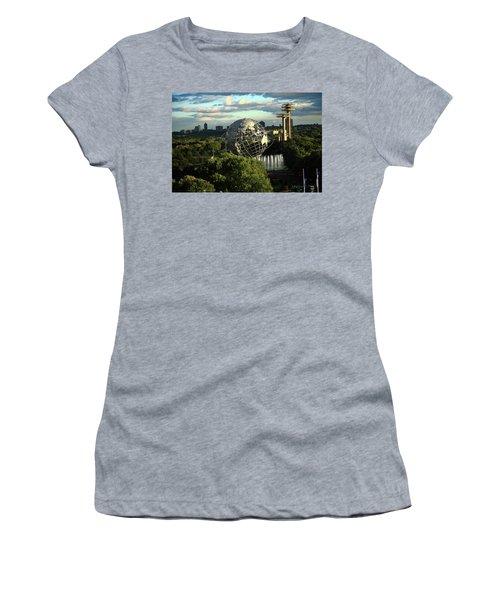 Queens New York City - Unisphere Women's T-Shirt