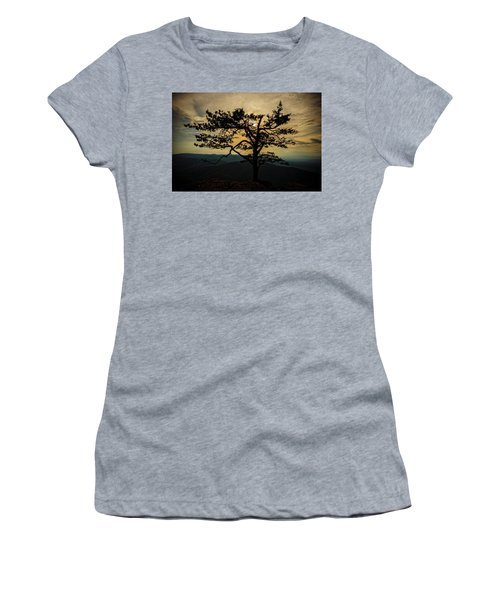 Ravens Roost Hdr Women's T-Shirt