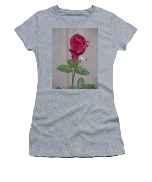 Red Rose In Rain Women's T-Shirt (Athletic Fit)