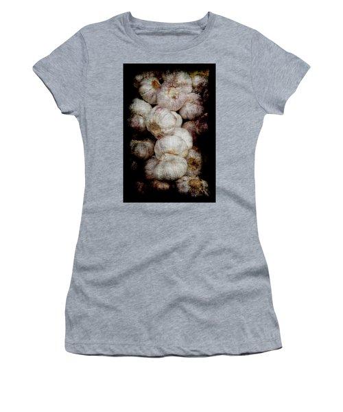 Renaissance Garlic Women's T-Shirt