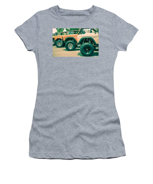 Retro Bronco Heaven Women's T-Shirt