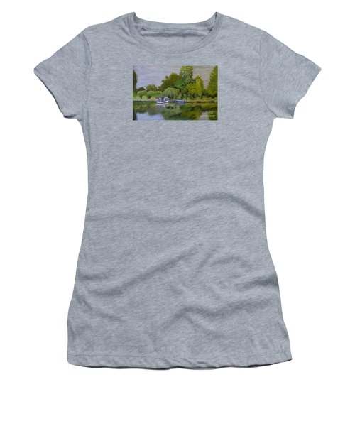 River Thames Hampton Women's T-Shirt (Athletic Fit)