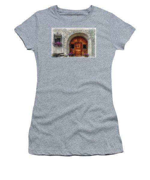 Rustic Front Door Women's T-Shirt (Junior Cut)