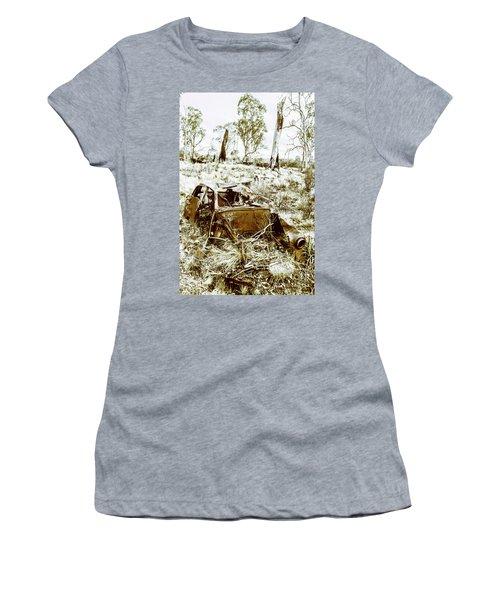 Rustic Rural Decay Women's T-Shirt