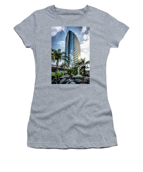 San Diego Marriott Marquis Women's T-Shirt (Athletic Fit)