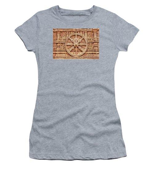 Sandstone Wheel - Hdr Women's T-Shirt (Athletic Fit)