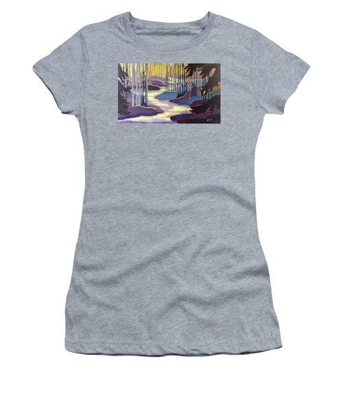 Searching Women's T-Shirt
