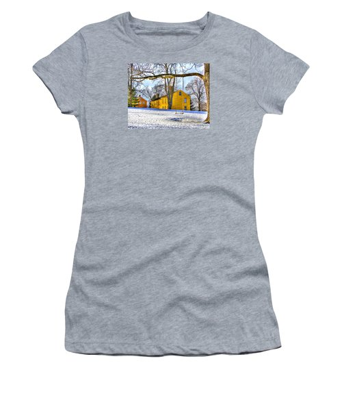 Shaker Swing In Winter 2 Women's T-Shirt