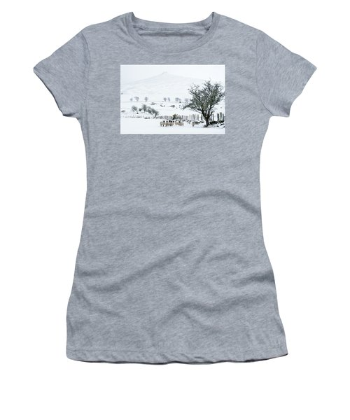 Sheep Shelter  Women's T-Shirt (Athletic Fit)