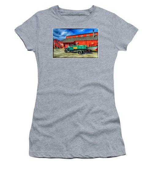 Shipyard Work Truck Women's T-Shirt (Junior Cut)