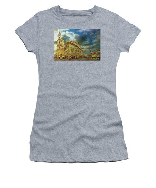 Shooting Round The Corner - Prague Women's T-Shirt