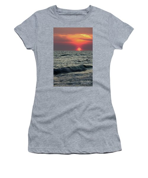Siesta Key Sunset Women's T-Shirt (Athletic Fit)