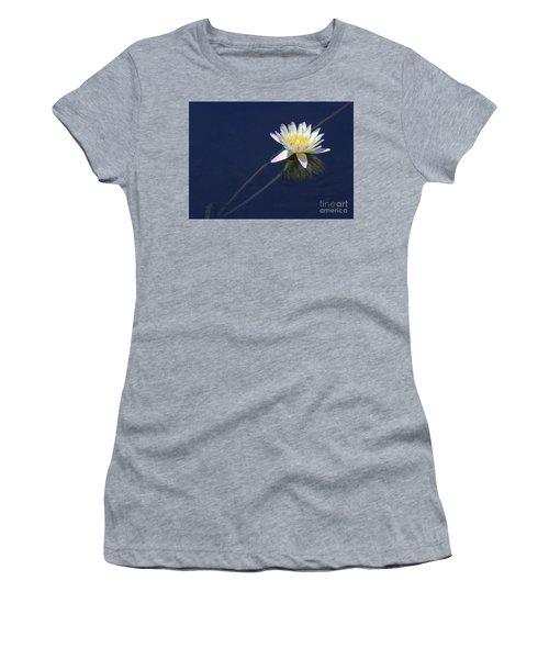Single Lotus Women's T-Shirt