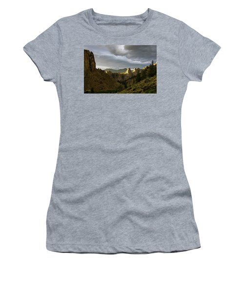 Smith Rock Sky Women's T-Shirt