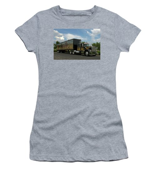 Snowmans Dream Replica Semi Trruck Women's T-Shirt
