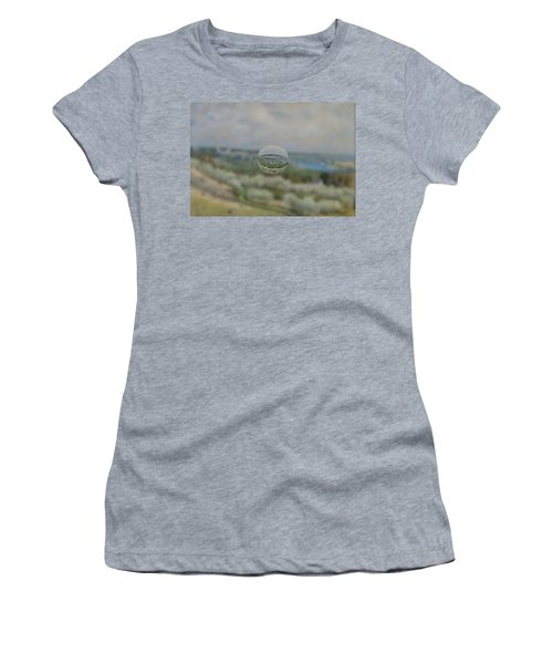 Sphere 24 Sisley Women's T-Shirt (Athletic Fit)
