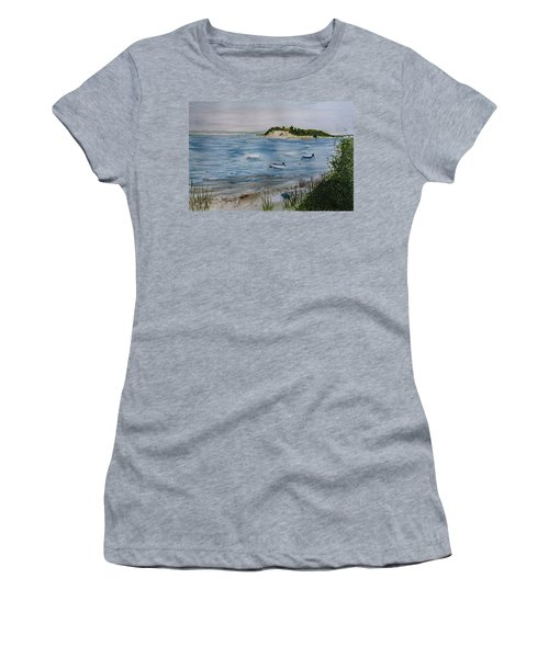 Strong Island Women's T-Shirt (Athletic Fit)