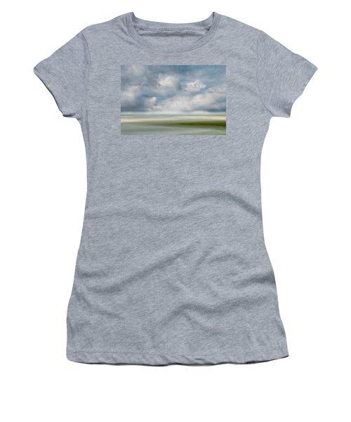 Summer Day, Dennis Women's T-Shirt