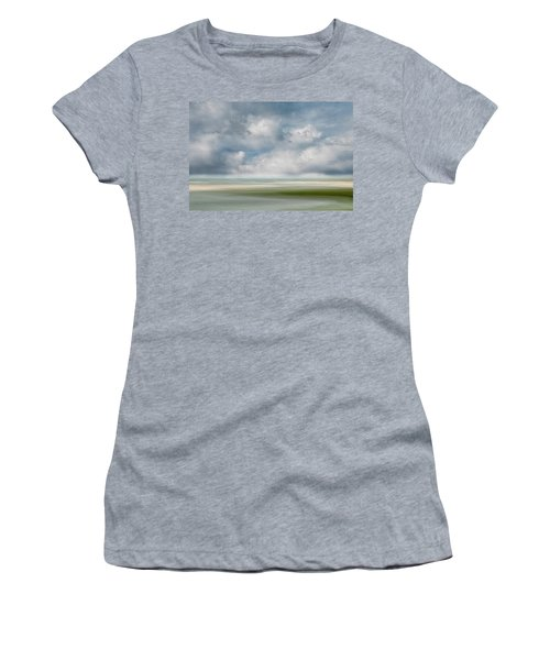 Summer Day, Dennis Women's T-Shirt