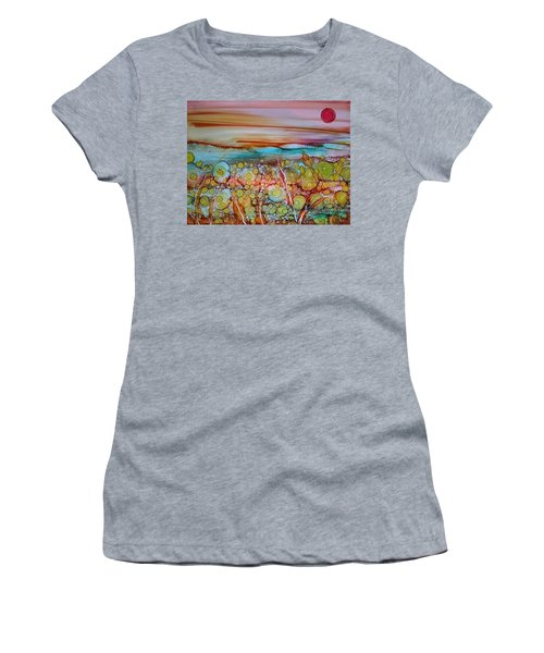 Summer Daze Women's T-Shirt