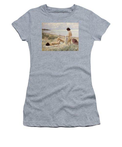Summer On The Beach Women's T-Shirt