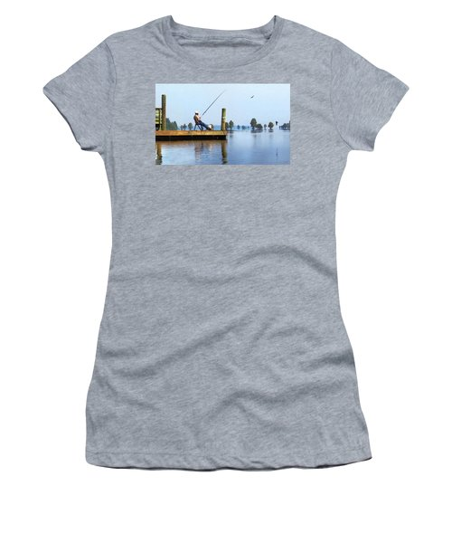 Sunday Fisherman Women's T-Shirt (Athletic Fit)