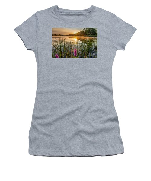 Sunrise Kent Lake Women's T-Shirt (Athletic Fit)