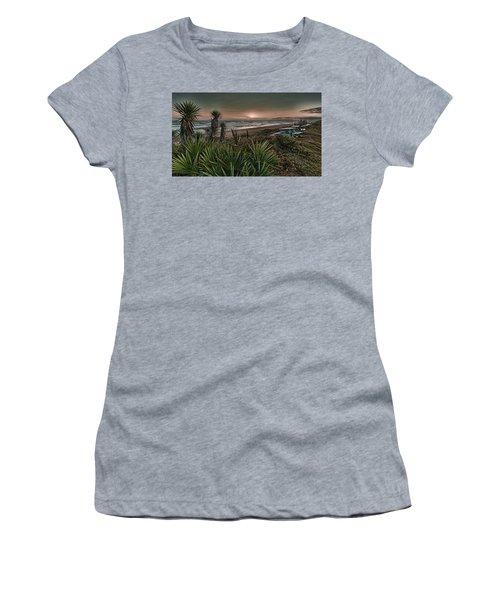 Sunrise Picnic Women's T-Shirt