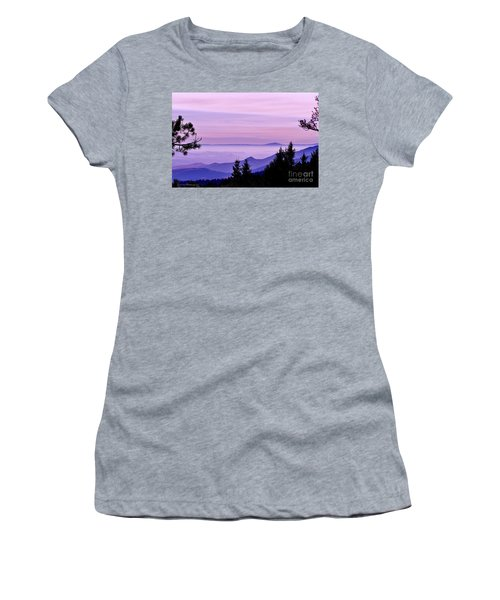 Sunrise Silhouettes Women's T-Shirt (Athletic Fit)