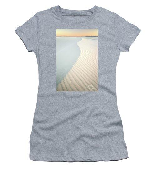 Sunset In White Sands Women's T-Shirt