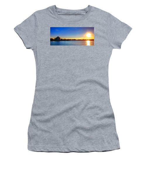 Sunset Over The Jefferson Memorial  Women's T-Shirt (Athletic Fit)